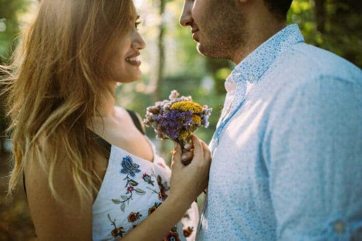 how to become a better man-Be a romantic