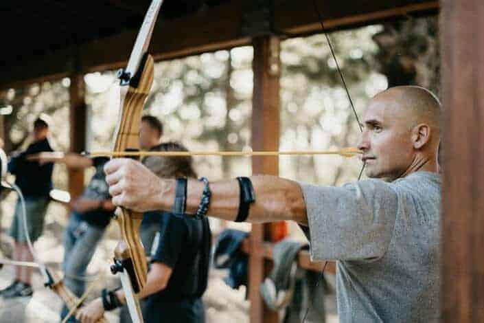 adventurous date ideas-Archery