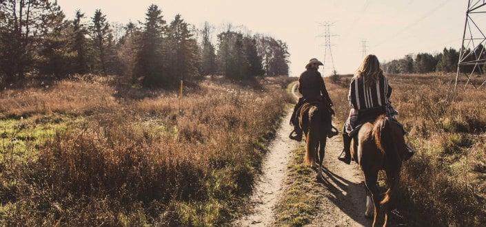 Adventurous Date Ideas Perfect for Summer-Horseback Ride