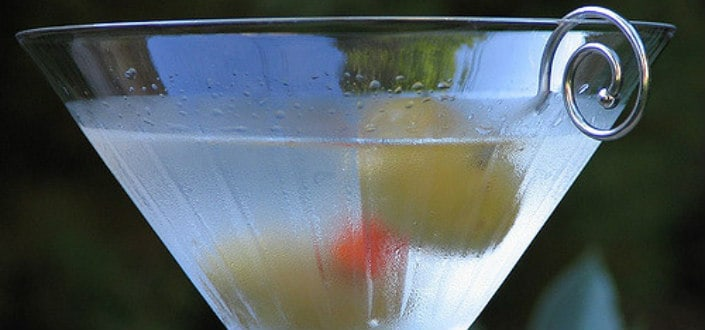 How to Order a Vodka Martini-Martini Dirty