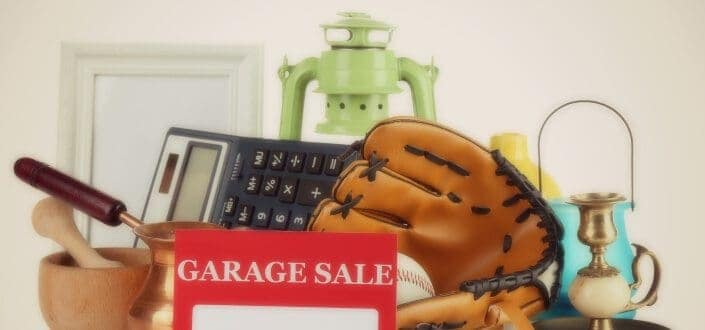 garage sale tips label pile items comp