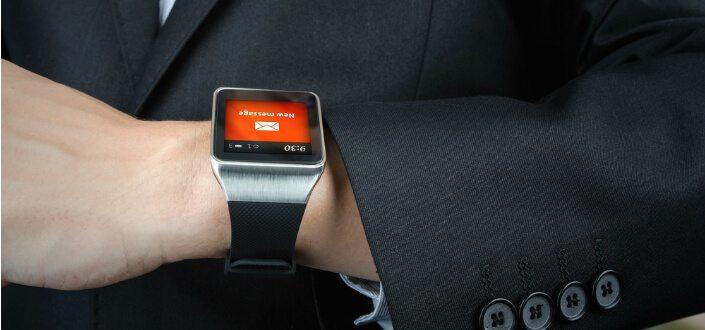 reasons to wear a watch #1 - smart watch