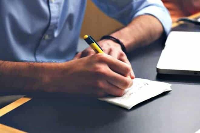 writing a resignation letter - main