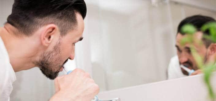 regret-5-letting-your-poor-dental-hygiene-overrun-your-health-2