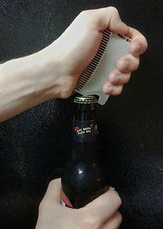 Go Comb – Wallet Comb + Bottle Opener 3