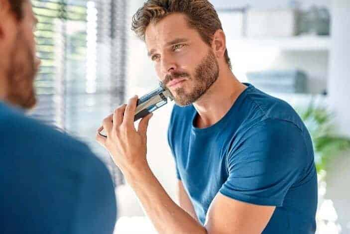 Best Mens Shaving Products - Philips Norelco Beard Trimmer 7200 4