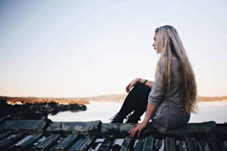 96 Deep Questions to Ask a Girl – Spark deep, personal conversations.