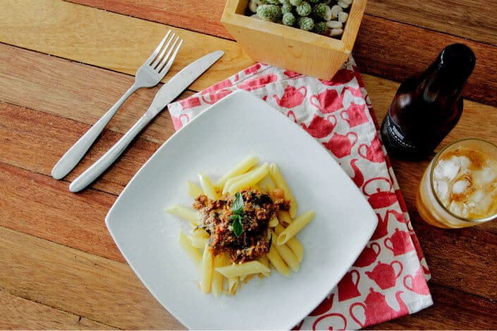 Tips for a Highly-Romantic At-Home Date - For The Main Course, Make Pasta