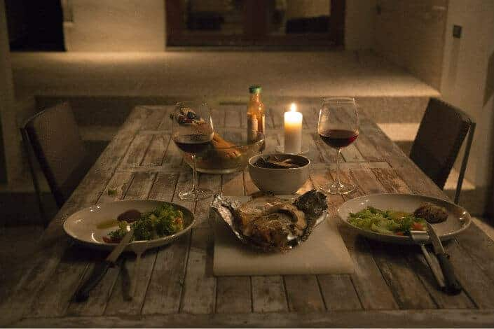 Transform Your Table It Into A Romantic Restaurant