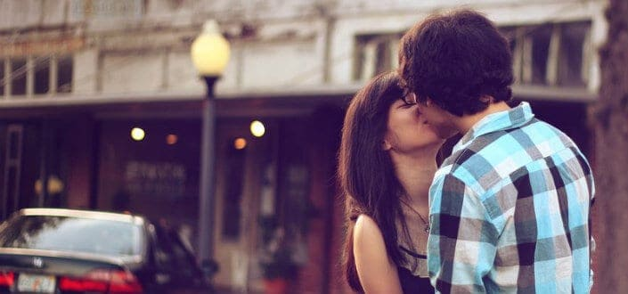 23 Uncomplicated Tips on How to Kiss a Girl-2. Kiss her early in the date