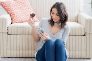how to ask a girl out over text - main8