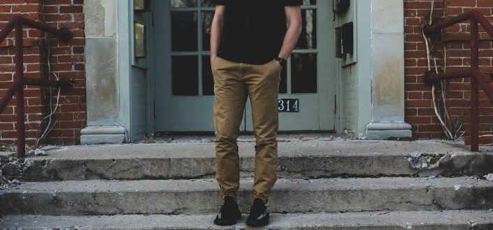10 Confident Body Language Tricks Every Guy Should Do TODAY - Hip Engage