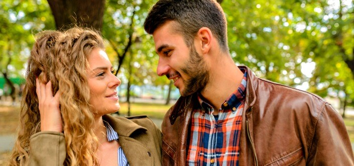 11 Psychological Flirting Tricks to Make Flirting Dramatically Easier - playoff