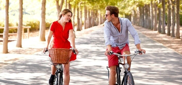 First Date Tips for Men - what to do