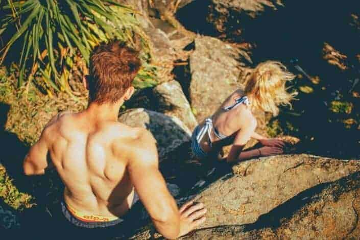 what to do on a first date - rock climbing