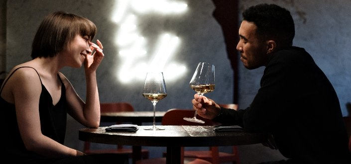 Things to say to a girl you like - Say and Talk About on a First Date