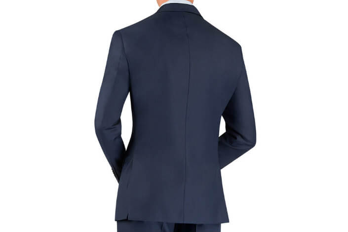 7 Clothing Items Women Love (sponsored) - active suit 4