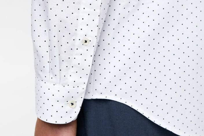 7 Clothing Items Women Love (sponsored) - oxford shirt 4