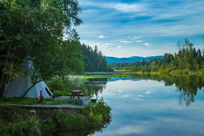 75 Anniversary Date Ideas - Go Glamping