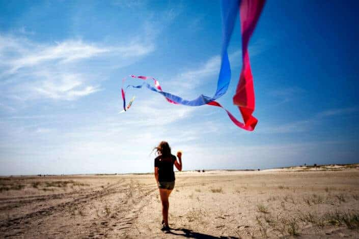 Second Date Ideas v2 - fly a kite