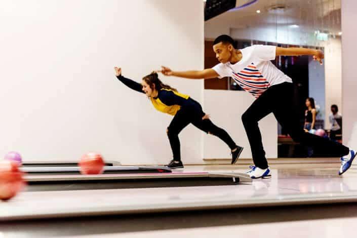 fun date night ideas - bowling Bigstockphoto/Rawpixel.com