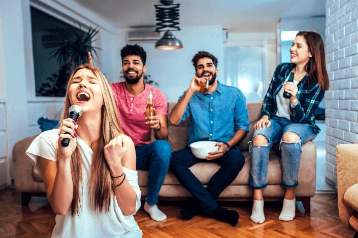 unique date ideas - karaoke skills Bigstockphoto/ jovanmandic