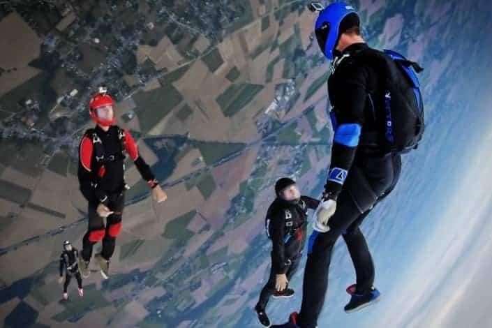 unique date ideas - skydiving Unsplash/Filipe Dos Santos Mendes