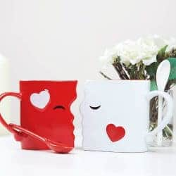 cheap christmas gifts-Kissing Mugs Set