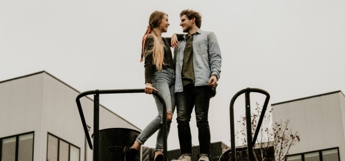 How to Talk to Girls (and Get Her to Like You) - Be A Mathematician