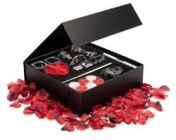 Small Romance in a Box (1)