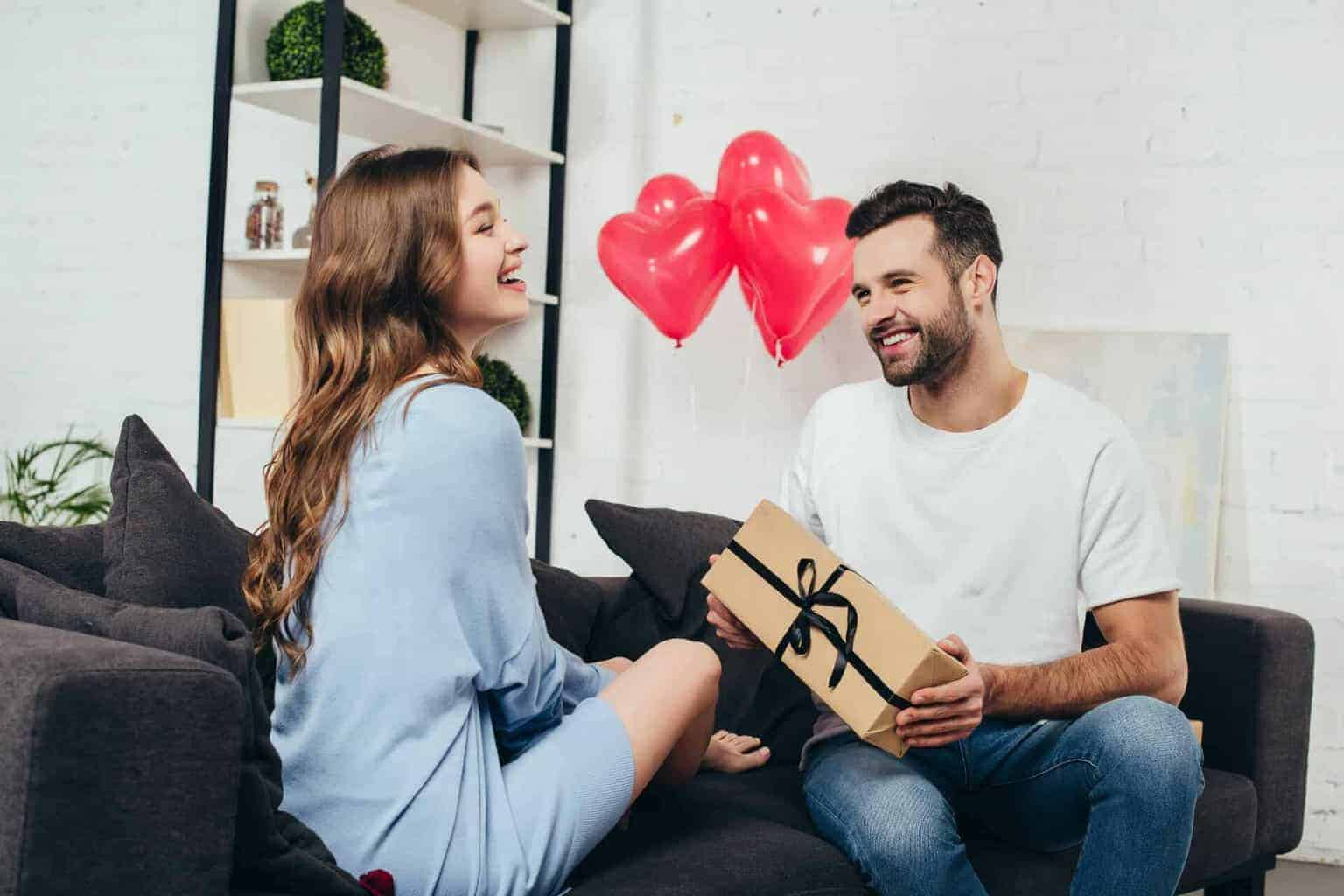 romantic gifts for girlfriend - main