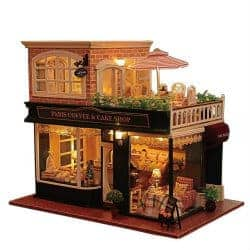 romantic gifts for girlfriend - miniature dollhouse