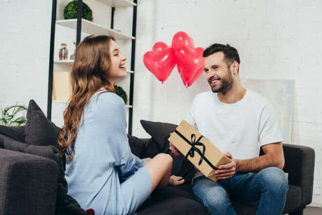 83 Romantic Gifts For Girlfriend - This is the only guide