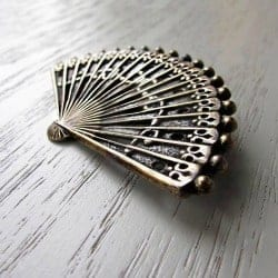 54. Vintage Fan Brooch