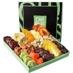 Dried Fruit and Nuts Gift Set (1)