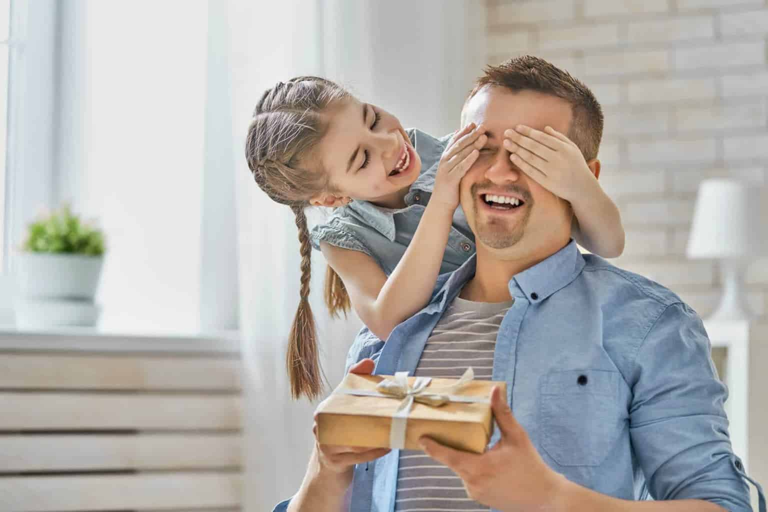 0893323b 134 Best Gifts For Dad - The ultimate list you need!