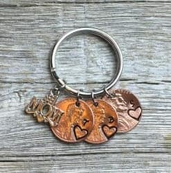 Gifts for Mom - Personalized Mom Keychain