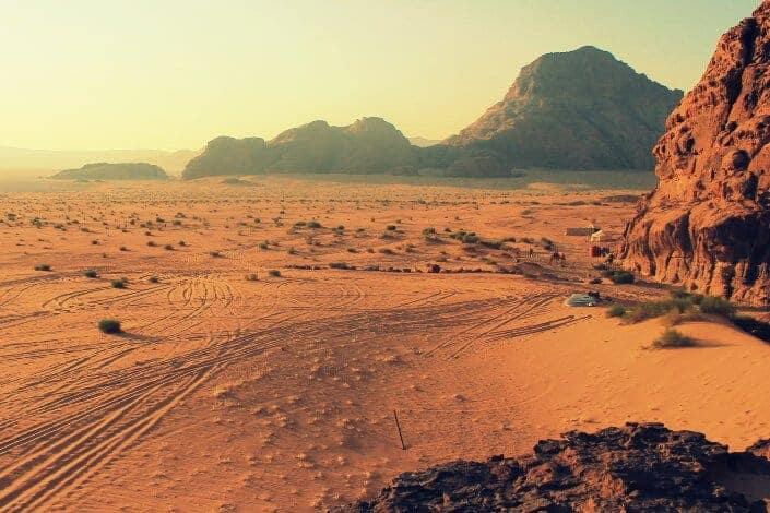 52 Best Icebreakers For Small Groups - Desert Island Picks