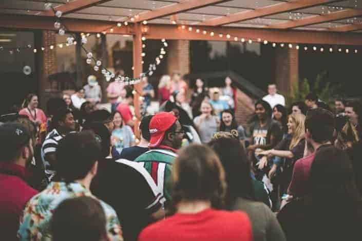 ice breakers for large groups - 10 Things in Common