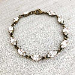 Delicate Swarovski Crystal Bracelet (1)