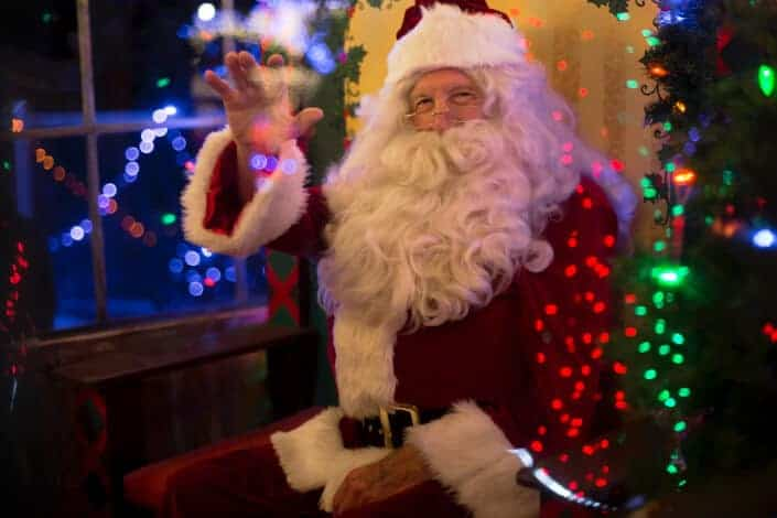 corny jokes-Nothing comes easy in life. Even Santa comes with a clause.