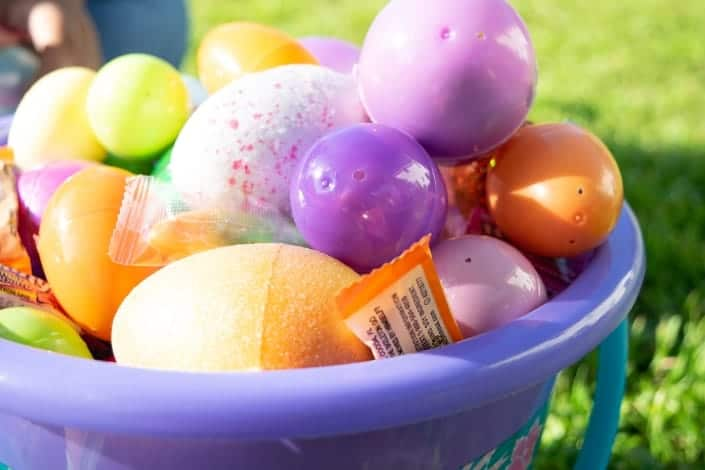 knock knock jokes - nock, knock Who's there_ Easter Egg Easter Egg who_ You crack me up!