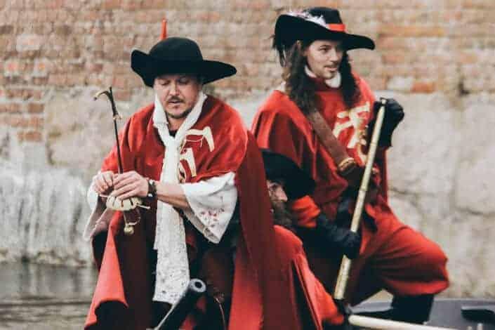 corny jokes-3.14% of sailors are Pi Rates.