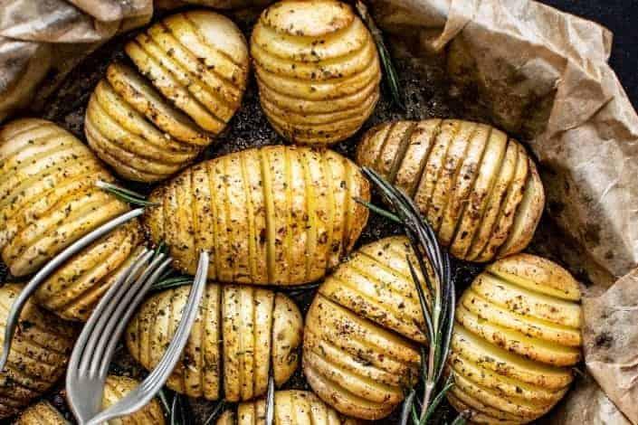 knock knock jokes - Knock knock. Who's there_ Emma. Emma who_ Emma pig and I ate all the mashed potatoes.