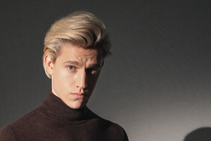 Long Hairstyles For Men - Hipster Tease