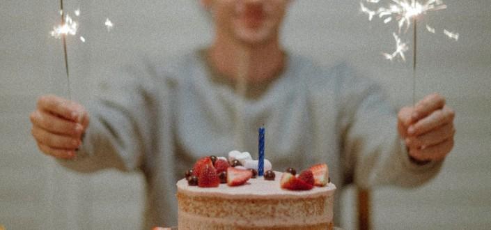 funny knock knock jokes - birthday jokes