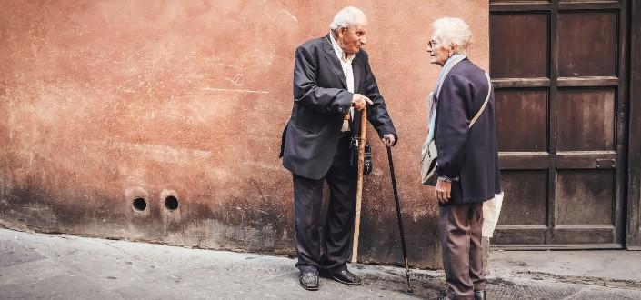 funny knock knock jokes - old people jokes