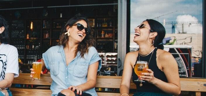 stupid jokes- stupid walks into a bar jokes