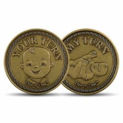 gifts for new dads - This or That Original Diaper Changing Coin
