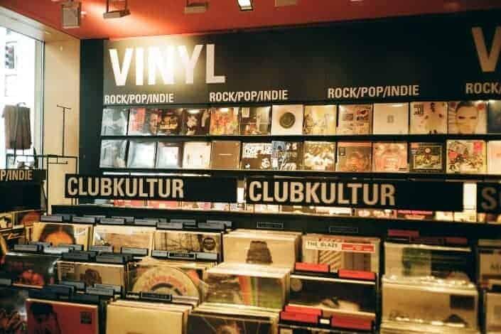 list of hobbies-vinyl collecting